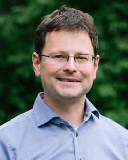 Dr. Marc Bornmann